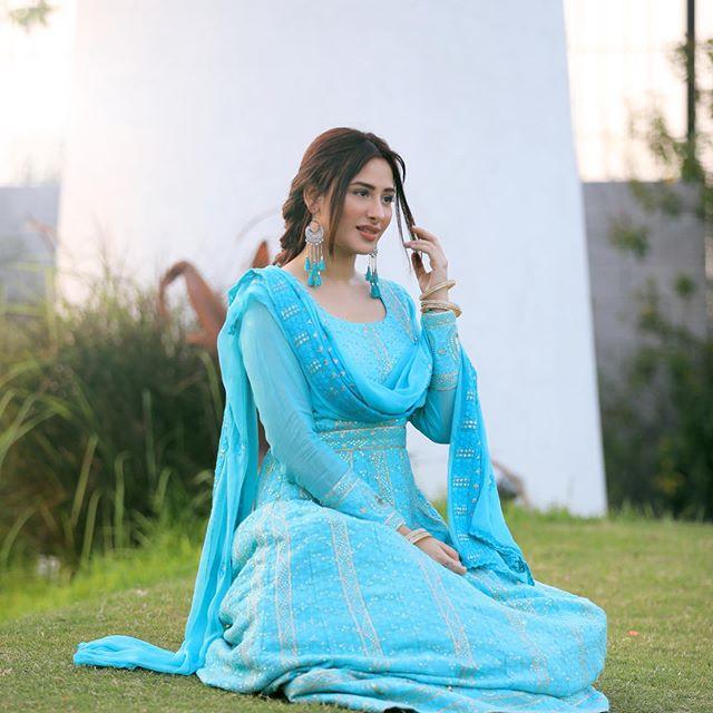 Mahira Sharma photo