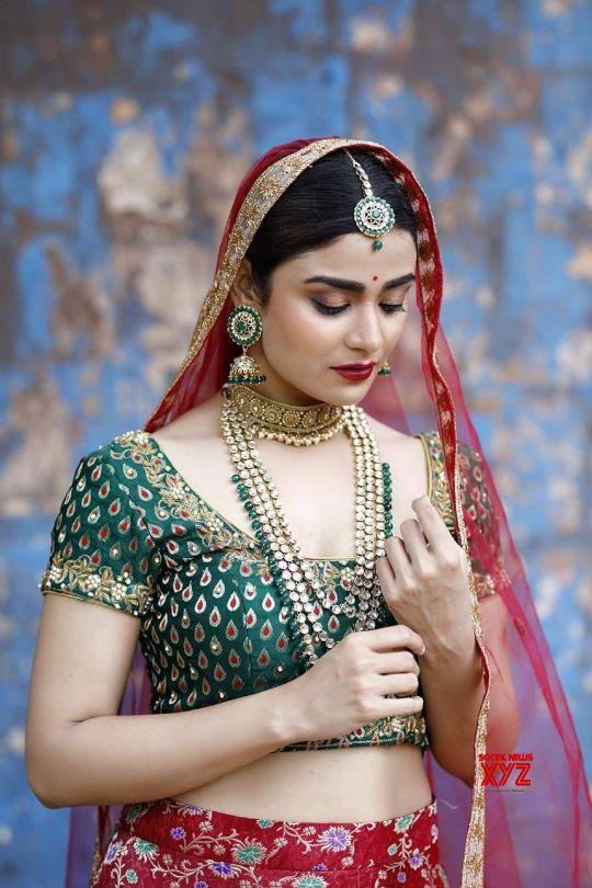 Priyanka Sharma hot photos