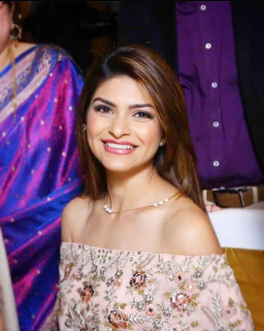 Neha Kaul photos
