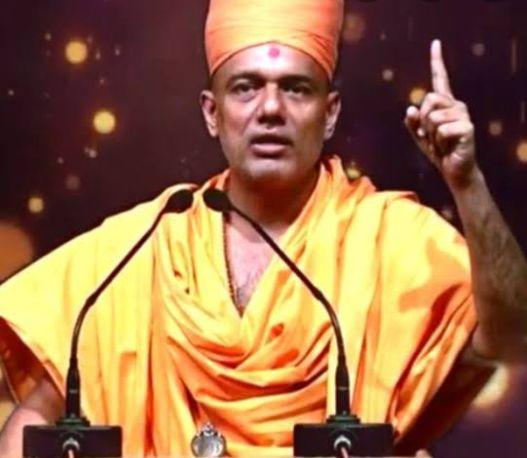 Pics of Gyanvatsal  Swami