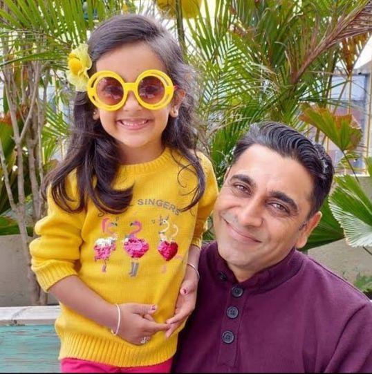 Vinay Narula and Samayra Narula photo