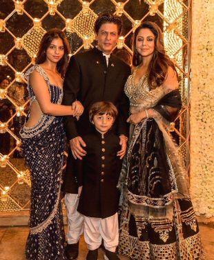 Abram Khan with the full family image