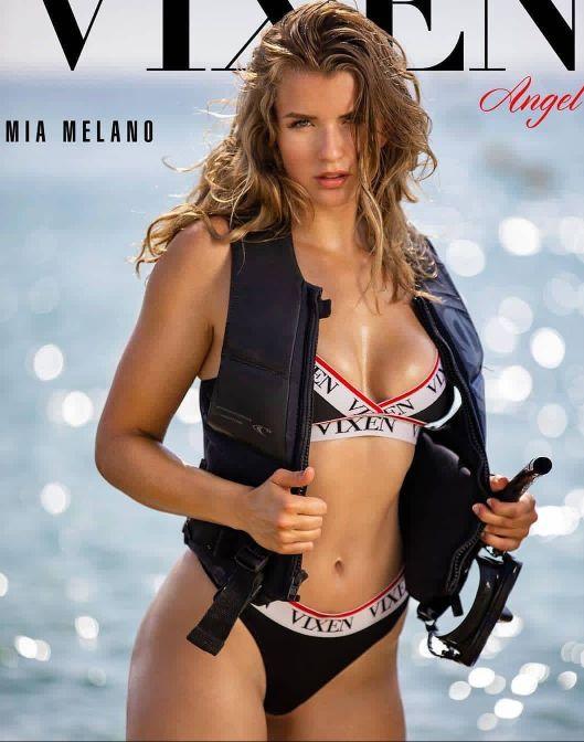 Mia Melano hot photos