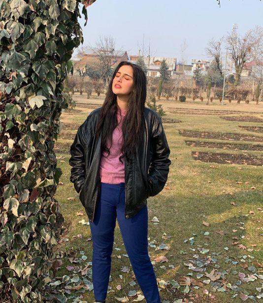 Sadia Khateeb best pics