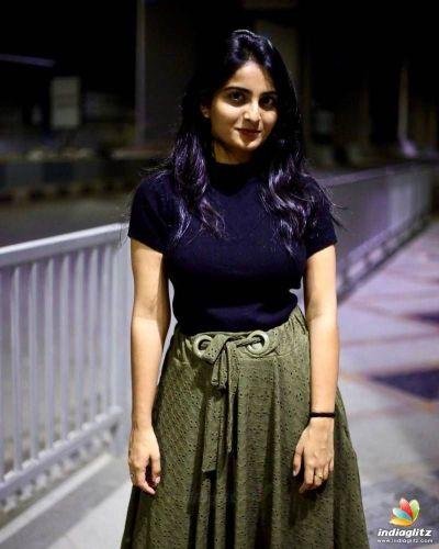 Ananya Nagala images