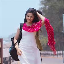 Krithi Shetty hot photo