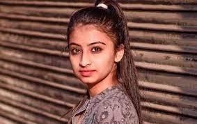 Pics of Sakshi Lote